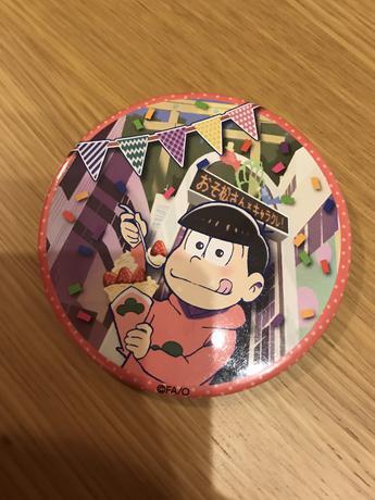 おそ松さんキャラクレ   缶バッジ グッズの画像
