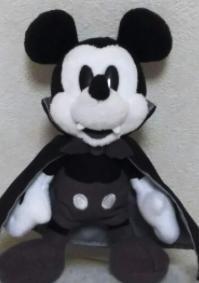 ディズニーハロウィーン2016 バンパイヤミッキー ぬいぐるみバッジ ディズニーグッズの画像
