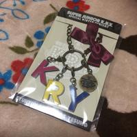 KRY superjunior イニシャルチャーム新品 ライブグッズの画像