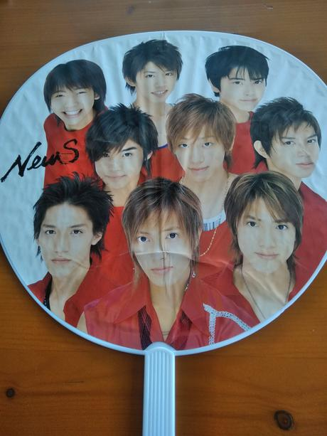 NEWS2003年うちわ中古送料無料 コンサートグッズの画像