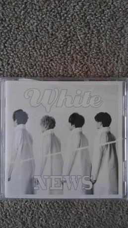 White コンサートグッズの画像