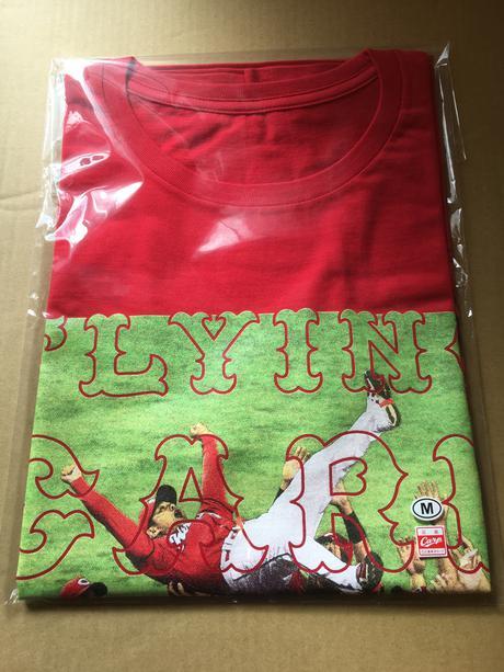 カープ 胴上げ限定Tシャツ Mサイズ 優勝記念 グッズの画像