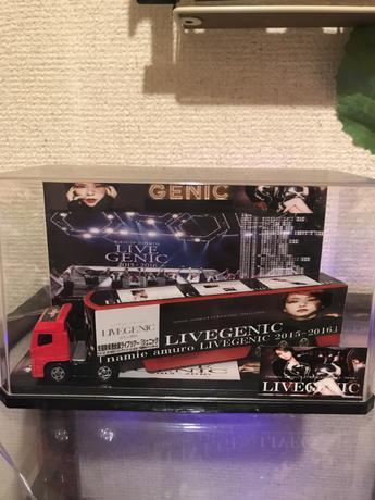 安室奈美恵  トラック ライブグッズの画像