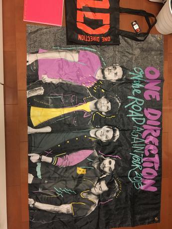 One Direction ツアーフラッグ ライブグッズの画像