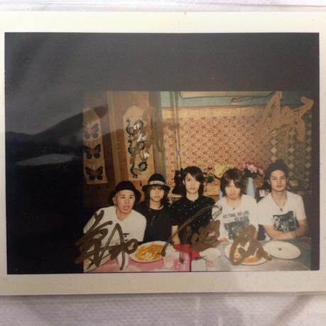 【激レア】ONE OK ROCK 直筆サイン入り ポラロイド 5人 ライブグッズの画像
