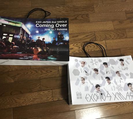 EXO 109限定ショッパー ライブグッズの画像