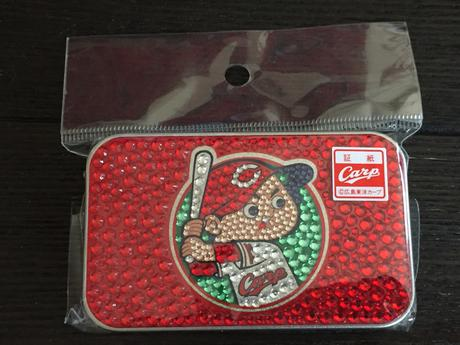 カープ キラキラ缶 グッズの画像