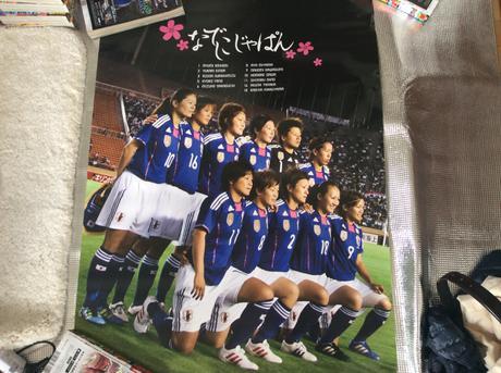 なでしこジャパンW杯優勝記念非売品ポスター グッズの画像