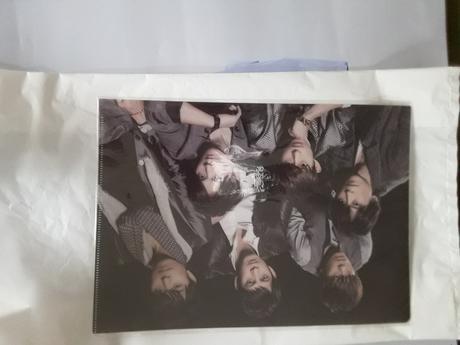 V6ツアー2013年グッズ クリアファイル【集合】 コンサートグッズの画像