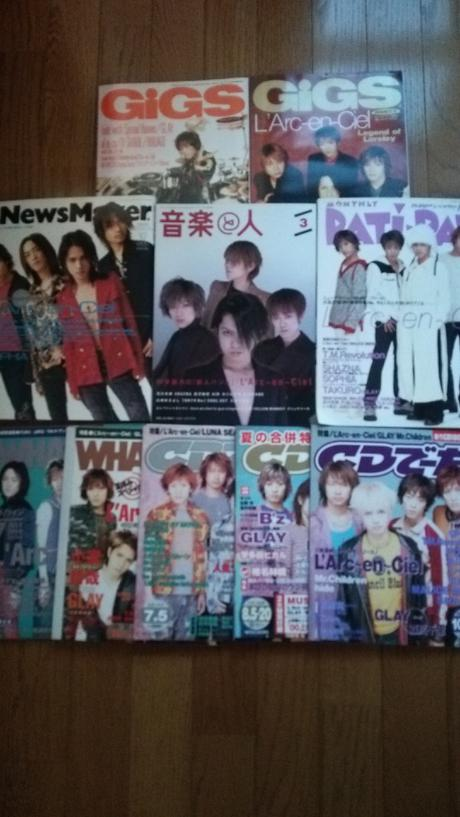 L'Arc~en~Cielの表紙雑誌、10冊セットです。 ライブグッズの画像