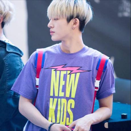 iKON♡公式Tシャツ NEWKIDS ライブグッズの画像
