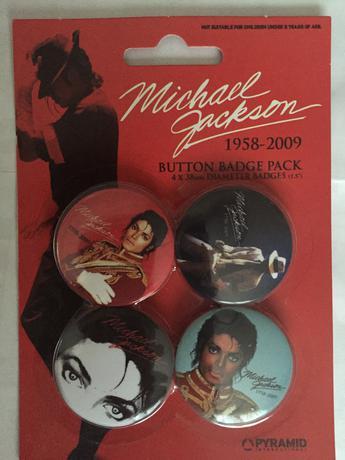 マイケルジャクソン 未開封 カンバッチ ライブグッズの画像